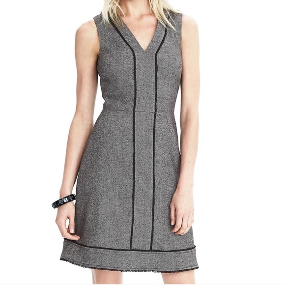 550bbee8d3ec6 Banana Republic Dresses   Skirts - Banana Republic Herringbone Wool Fringe Dress  4